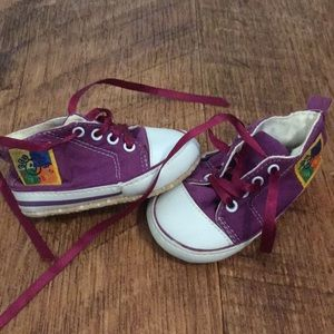 Other - Purple vintage baby shoes